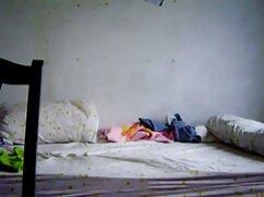 Chica con enormes tetas chupa polla debajo de la xvideos mexicanas calientes mesa
