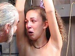 Coños eróticos montan agujeros en la cara y la polla mexicana caliente porn de un chico con los ojos vendados