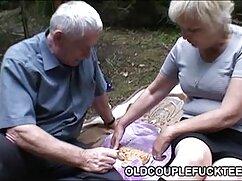 Hijastro depravado se folla a su joven porno mexicanas calientes madrastra y se corre en su cara