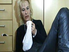 Nieto sedujo mexicanas maduras calientes a una abuela ansiosa y la folló en el suelo
