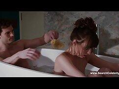 Tiffany Tatum videos calientes mexicanos se inclina demasiado y provoca una erección