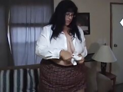 La joven de 29 porno caliente mexicano años prueba el anal por primera vez en el casting y todo va bastante bien.