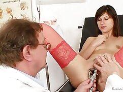 Lady Bug, masajista, lame el coño de su mexicana bien caliente cliente