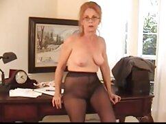 Masturbación porno mexicanas calientes anal BDSM con una joven negra.