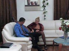 Small Hands se folla a una chica emo para calmar sus ancianas mexicanas calientes lágrimas