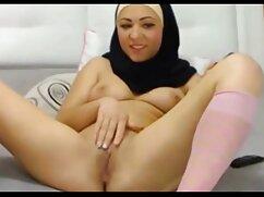 Señora ancianas mexicanas calientes gorda follando en el coño con su amante sintiendo placer