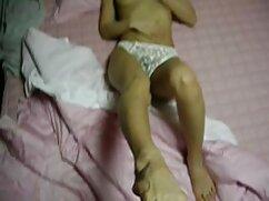 Hijastra con curvas se arrodilló y le dio una mamada a mujeres mexicanas maduras calientes su padrastro