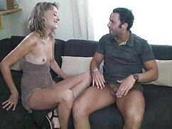 Nadin no suelta la cámara, se graba en video porno mexicana caliente el baño